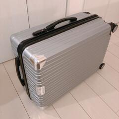 salut/スーツケース/サリュ/フォロー大歓迎/雑貨 サリュで¥4000で買った大きめなスーツ…