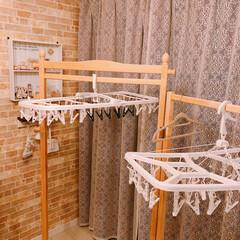 洗濯バサミ/部屋干し/ハンガーラック/フォロー大歓迎/冬/おうち/... 冬の部屋干し必需品アイテム♪  左側の洗…