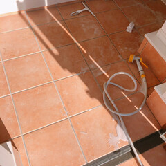 玄関/住まい/掃除/暮らし/フォロー大歓迎 大掃除~♩! 玄関のタイル磨きをやりまし…(1枚目)
