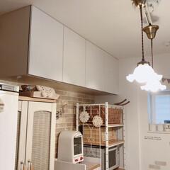 収納/キッチン/住まい/暮らし/フォロー大歓迎 キッチンの背面吊り戸棚*  リメイクシー…(1枚目)