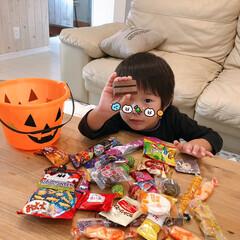 ソファ/ハロウィン雑貨/お菓子/秋/ハロウィン/100均/... こんばんは♪  「トリックアトリート♪!…