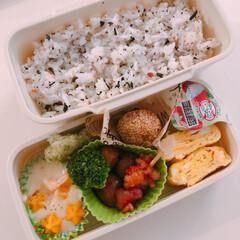 お昼ご飯/お弁当おかず/フォロー大歓迎/お弁当/LIMIAごはんクラブ/わたしのごはん 中学生娘ちゃんお弁当(o^^o)  グラ…(1枚目)