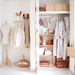見せる収納/クローゼット収納/収納/雑貨/住まい/ファッション/... クローゼットのお洋服を入れ替えしました …