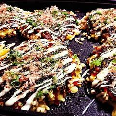 鉄板料理/アツアツ/おうちごはん/お好み焼き/暮らし/フォロー大歓迎 お好み焼き😋🍴  山芋たっぷり、 とろと…