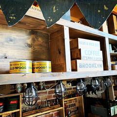ワイン箱/DIY/オールドウッドワックス/100均/ニトリ/ダイソー/... ワイン箱と縁の木材にオールドウッドワック…