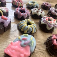 アイスクリーム/友チョコ/チョコレート/バレンタイン2020/ダイソー/100均/... ダイソーの型を使って作るお絵かきチョコで…