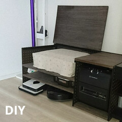 お気に入りの一品/オススメ!/意外と簡単/お掃除ロボット/ブラーバ・ルーロ・ルンバ/DIY/... DIYした棚です。 左側は上段にプリンタ…