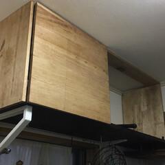 収納/棚/ワトコオイル/ファルカタ材/リメイク/DIY/... キッチンの壁に取り付けた棚に ワトコオイ…(3枚目)
