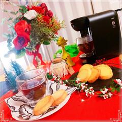 UCCドリップポッド/マクラメジャー/ミンネで販売中/ルームクリップモニター/我が家のテーブル/リミアな暮らし/... 我が家のテーブル❤️ 赤いランチョンマッ…