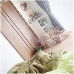 ハンドメイドリース/ハンドメイド雑貨/プロフィールからminneへジャン.../ミンネで活動中/寝室の窓/三段ボックス/... ベッドから見える景色。  ドライフラワー…