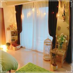 鳥かご/ドライフラワー/アンティーク/IKEAの照明/ライトチェーン/寝室インテリア/... ライトアップで寝室がキラキラ🥰💕 ベッド…(1枚目)