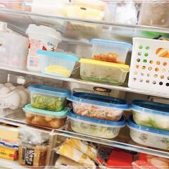 常備菜/冷蔵庫収納/冷蔵庫/セリア/キッチン収納/キッチン雑貨/... 食事情のイベント参加😊  うちは夫婦2人…