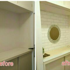 シーサー/鏡(ミラー)/フランフラン/余材再利用/タイルDIY/生のり壁紙DIY/... フランフランの鏡を壁にかけ、玄関のDIY…