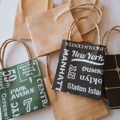 工作/頂き物/プレゼント/紙袋/折り紙/ハンドメイド 頂き物のミニ紙袋♡ プチプレゼントにちょ…