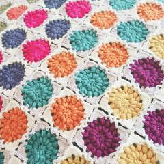 モチーフつなぎ/モチーフ編み/編み物/ハンドメイド 久々に熱中したモチーフ編み♡ もう少し編…(2枚目)