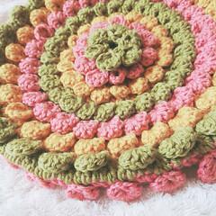 編み物/パプコーン編み/かぎ針編み/円座/くすみカラー/ハンドメイド/... 知り合いの方から毛糸とレシピ本を頂いたの…(2枚目)