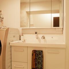 洗面化粧台/洗面室 間取り変更により、以前より洗面室を広く取…