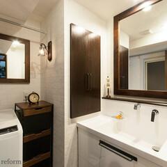 リフォーム/リノベーション/住まい/マンション/建築/洗面室/... 木やアイアンの素材感を大切にしながらも、…