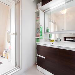 洗面室/洗面化粧台 鏡や洗面ボウルも大きくゆったりサイズの洗…