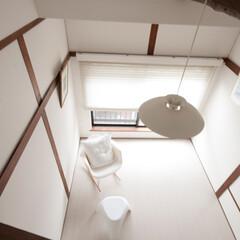 洋室/はしご 洋室をはしご上から眺めた写真です。屋根裏…