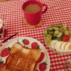 クチポール/コーヒー好き/食器好き/朝ごパン/こどもと暮らす/双子と暮らす/... 食器だけは断捨離出来ず…(^^;) 増え…(1枚目)