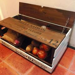 野菜ストッカー/100均/セリア/雑貨/DIY/家具/... 野菜ストッカー✨ アイアンカゴ2つを斜め…