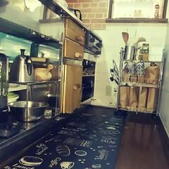 細狭いキッチン/賃貸/フォロー大歓迎/キッチン わが家の細くそして狭いキッチン😥もともと…