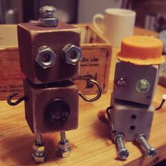 ペットボトルの蓋/画ビョウ/金具/ウッドキューブ/ロボット/わたしのお気に入り 以前からちょこちょこ気になっていたロボッ…