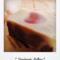 石けん/ハンドメイドソープ/コールドプロセス/ココア/ショートケーキ/精油/... ココアを入れたショートケーキ風のグラデー…