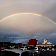 おでかけ/虹/7色/圧倒的/ハッピー/感動 二重の虹に遭遇~♥️  大きくて圧倒され…