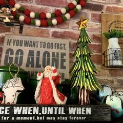 わが家の玄関/クリスマス雑貨/クリスマスツリー/クリスマス/玄関インテリア/雑貨/... わが家の玄関(*´꒳`*) 去年までは1…