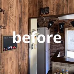 男前レンガ柄/壁紙屋本舗/壁紙/キッチンDIY/DIY/住まい/... キッチンの、壁紙を貼り残した部分… ずっ…