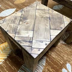 サイドテーブルDIY/ローテーブルDIY/ウッドショック/廃材利用/SPF材/DIY ローテーブル作りました⚒ サイドテーブル…(3枚目)