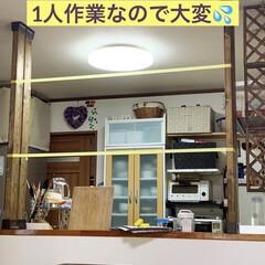 カウンターBAR/ディアウォール/キッチン棚DIY/DIY/キッチンカウンターDIY/カフェ風 キッチンカウンターの上にディアウォールで…(4枚目)