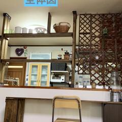 カウンターBAR/ディアウォール/キッチン棚DIY/DIY/キッチンカウンターDIY/カフェ風 キッチンカウンターの上にディアウォールで…(3枚目)
