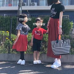 ジーユー/GU/UNIQLO/ユニクロ/親子リンク/リンクコーデ/... 黒白赤の3色リンク♪ *** 👕 Tシャ…