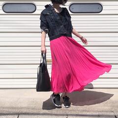 celine/セリーヌ/NIKE/ナイキ/スニーカー/デニムジャケット/... 鮮やかなロングスカートで休日コーデ♪ *…