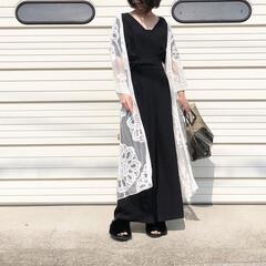 モノトーンコーデ/オールインワン/レース/夏コーデ/ファッション 大柄なレースのロープカーディガン、 一枚…