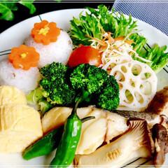 朝ごはん/ワンプレート/フード/おうちごはん 本日の 朝ごはん  お野菜が 安くなった…