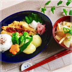 和食/お家ご飯/ワンプレート/朝ごはん 今日の 朝食  もち麦ご飯 味噌汁(大根…