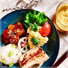 ハンドメイド/キャンドゥ 朝ごはん 赤米と枝豆おにぎり 焼魚(ホッ…(1枚目)