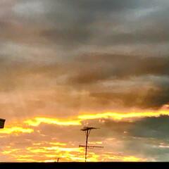 夕焼け/夕暮れ/空/ベランダからの 夕暮れ 台風の後の ベランダから 見える 夕暮れ (5枚目)