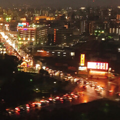 お出かけ/夜の 福岡空港/雨の 滑走路/福岡上空の夜景/雲の上/風景 暮れに お出かけした 福岡  雲の上の …