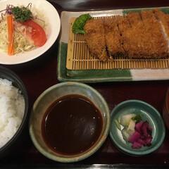 トンカツ/ランチ/おでかけ/フード/グルメ トンカツ定食 味噌ダレ🐷 赤味噌のお味噌汁