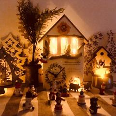 クリスマス/クリスマスツリー/DIY/ハンドメイド/雑貨/100均/... 暗くなってきたので 点灯してみました🎄 …