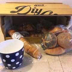 DIY/パンケース/ブレッドケース/100均/セリア/ダイソー/... ブレッドケース 🍞  美味しいパン🥐とコ…