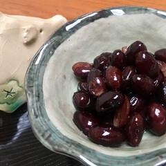 黒豆/おせち/おうちごはん/グルメ/ごはん お正月用に 黒豆を作りました😘