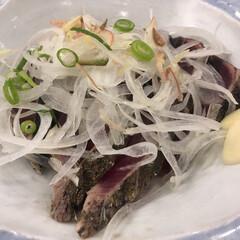 カツオの藁焼き カツオの藁焼き🐟 特製ダレ 藁で燻されて…