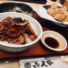ザンギ/豚丼/ランチ/おでかけ/グルメ/フード 昨日のランチ 北海道十勝の豚丼とザンギ …