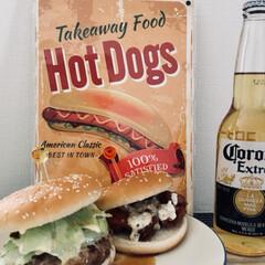 ハンバーガー/グルメ/フード/おうちごはん ランチにハンバーガー🍔と唐揚げサンドを作…